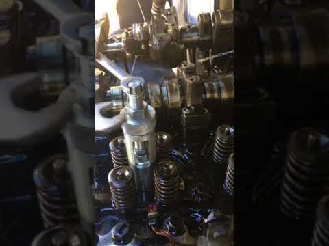 D13 engine does not start