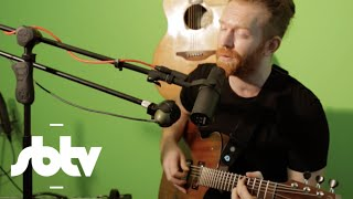"Newton Faulkner | ""Shadow Boxing"" [Live Performance]: SBTV"