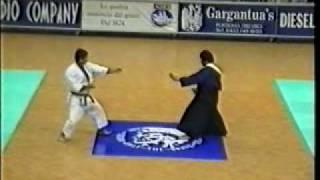 sensei Yoshizo Machida and sensei Luiz Tasuke Watanabe - VII World Championship ITKF - 1994.avi