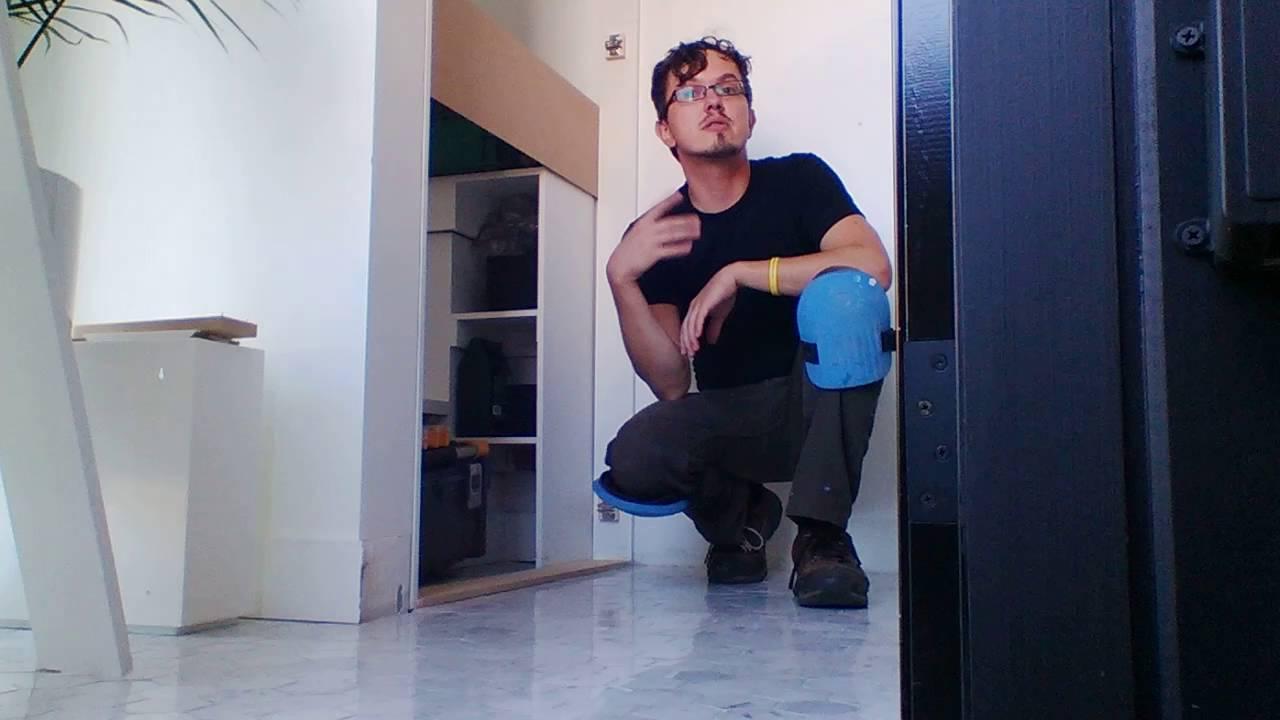 IKEA Hacker show 01 - Hacking IKEA's high gloss PAX Fardal doors