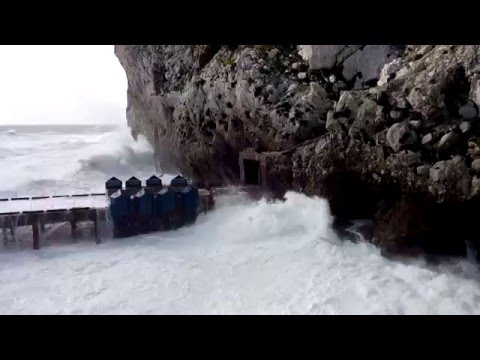 Eco Wave Power Presents: Storm in Gibraltar (storm protection mechanism in action)