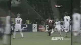 Bayer Leverkusen 1 x 1 Manchester United - Liga dos Campeões 2001/2002