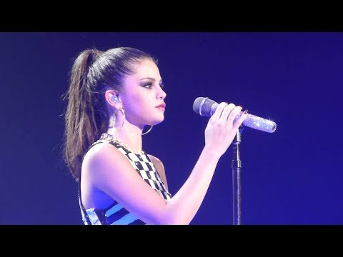 Selena Gomez - Love You Like A Love Song (Live At Paris)