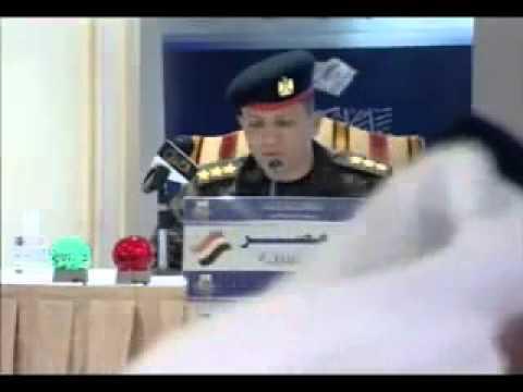 فيديو نقيب دفاع جوى مصرى يتلو القرأن بصوت عذب