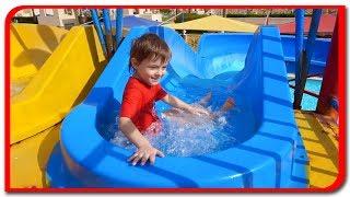 Bogdan pe tobogane de apa  Distractie la Aqua Park  Bogdan`s Show Vlog