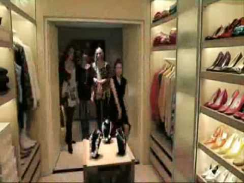 Begehbarer Schrank - YouTube