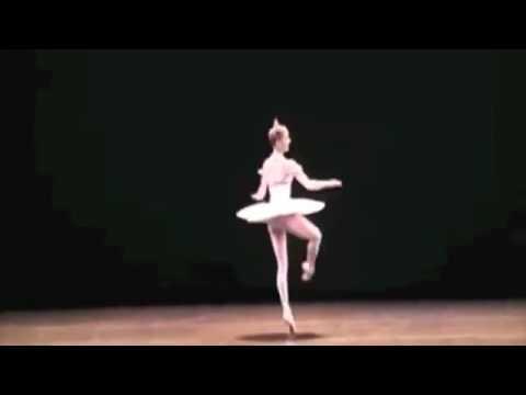 Marianela Nunez Amazing fouettés & 5 pirouettes on stage