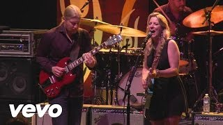 Tedeschi Trucks Band - Everybody's Talkin' (Official Video)