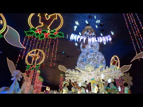 FULL RIDE It's a Small World Holiday during 2017 Christmas season at Disneyland