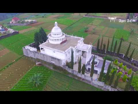 Villa Putih Tawangmangu dan keindahan alam di sekitarnya - POI Phantom 3 Standard