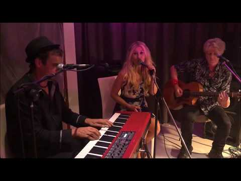 Colin illy Hill Band FEAT: Victoria Curtis. Acoustic sessions