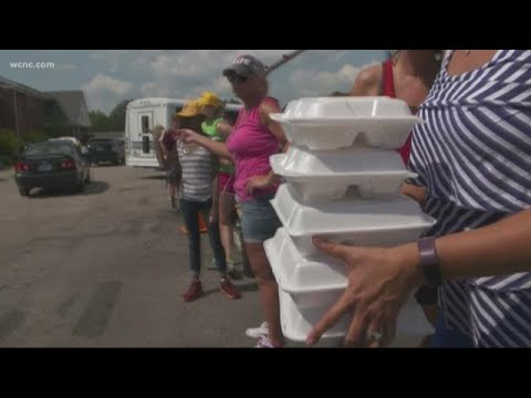 Crews feed thousands of Lumberton residents