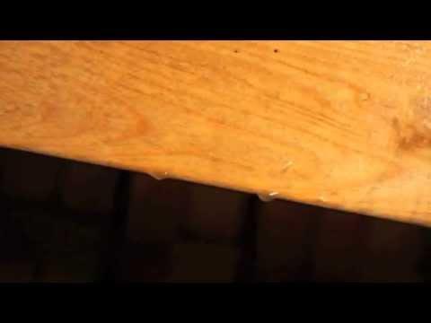 Как устранить конденсат на чердаке