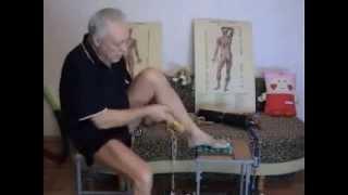 Массаж ног при сахарном диабете(Массаж ног при сахарном диабете очень полезен для больного, т. к. нормализует обмен веществ, устраняет воспа..., 2015-01-09T23:09:52.000Z)