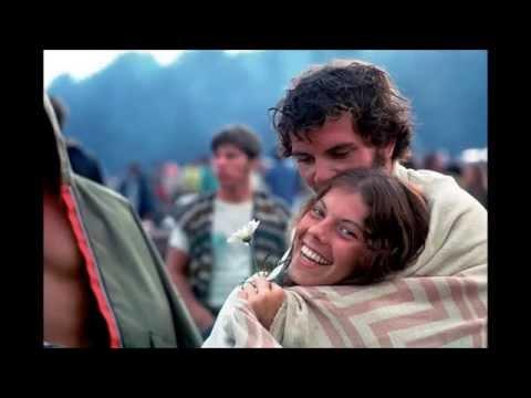 Stunning Photos Of Woodstock In 1969