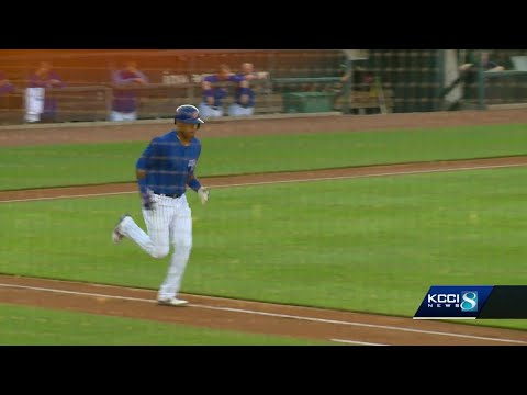 Some Iowa Cubs fans aren't bearing with Addison Russell