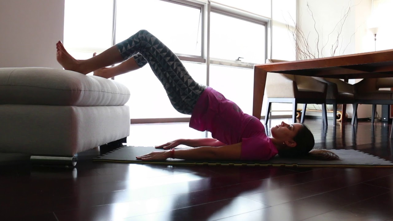 Puente con pies elevados - Feet-elevated Hip Thrust - YouTube