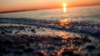 Julian Kruse - Dawn Over the Ocean