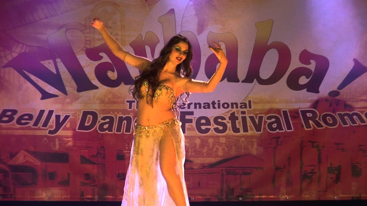 Maryem Bent Anis - Tarab with Belly Dance