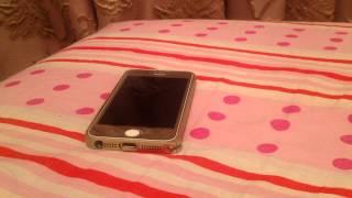 Что делать если ваш Iphone включается и выключается?(Решение рассказывается в видео! Если же ваш телефон тли планшет от Apple сами по себе выключаются и включаются..., 2014-10-27T21:00:12.000Z)