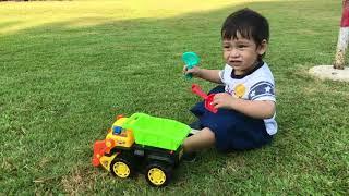 BABY KIDS FUNNY  | Toy Car | รถบรรทุกของเล่น