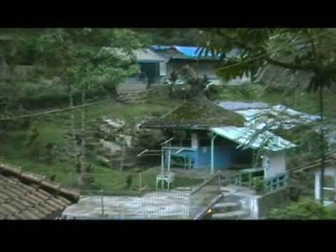 taman-wisata-alam-maribaya,-lembang.wmv