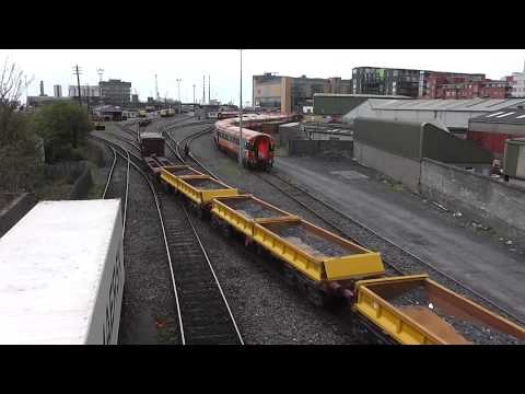 IE Class 201 (220) - Shunting Spoil Wagons + Container Flats @ North Wall, Dublin