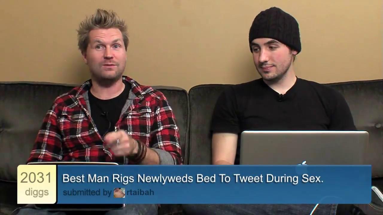 Bed to tweet during sex