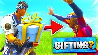 GIFTING Items in Fortnite For Every VICTORY ROYALE!