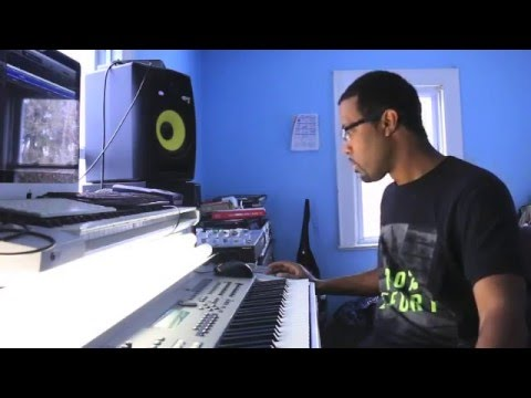 BEAT MAKING TIPS - How To Find The Key Of A Sample - YouTube