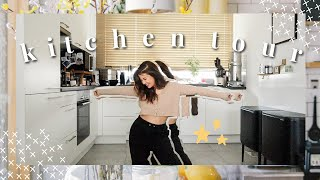 Kitchen Tour (Astuces Organisation & Rangement Cuisine) + Énorme Concours ! | Vlog