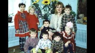 Дети детских домов г.Волгограда(Видео сделано про детей с детских домов ! Скоро Новый Год, поможем детям поверить в чудо в Новый Год ! ! !, 2011-12-19T18:51:21.000Z)
