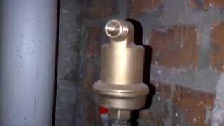 видео Воздухоотводчик (автовоздушник) для гелиосистем