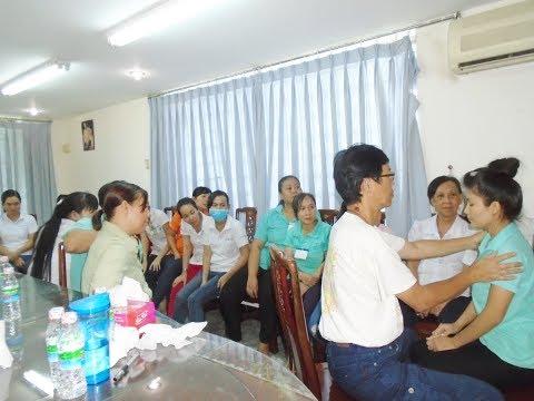 Rapid healing 80 workers at Vietnamese factories during 2016 charity healing tour to Vietnam