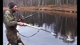 АТАКА ЩУКИ НА ЩУКУ на рыбалке 2018 ВЫСТРЕЛ ПО ЩУКЕ ИЗ РУЖЬЯ ЩУКА АТАКУЕТ ДРУГУЮ Как поймать ЩУКУ