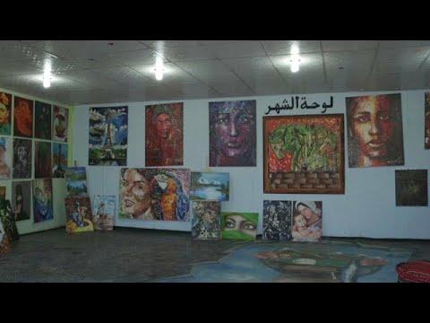 شاهد: سوريون لاجئون يحولون طين صحراء مخيم في الأردن إلى عمل فني جميل…  - 14:53-2019 / 1 / 18