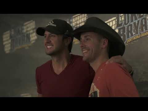 """Luke Bryan """"What Makes You Country"""" Behind the Song"""