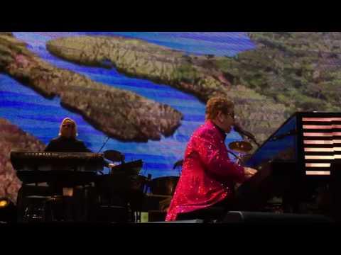 Elton John Circle of Life full version  Las Vegas 2017 FRONT ROW