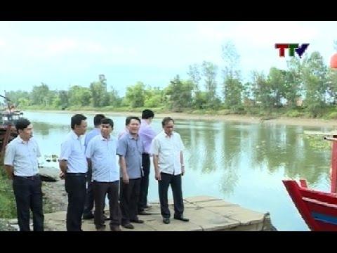 Phó Chủ tịch Thường trực UBND tỉnh Nguyễn Đức Quyền kiểm tra một số Dự án tại huyện Quảng Xương.