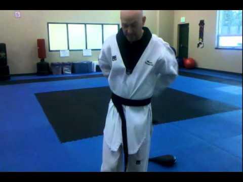 How Do I Tie My Taekwondo Belt, Quick And Easy - YouTube