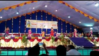 J N Bhatu College junagadh Girl Dance Performance