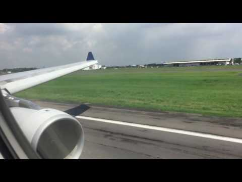 Singapore Airlines A330 business class take off Surabaya