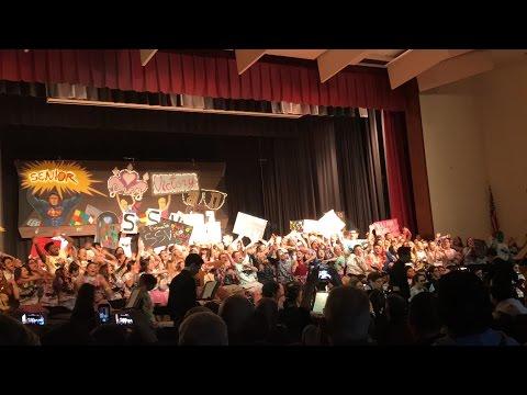 Senior SING 2016/2017 Tottenville High School