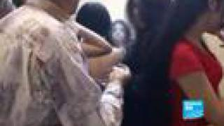 Repeat youtube video Irak: après la guerre, la prostitution