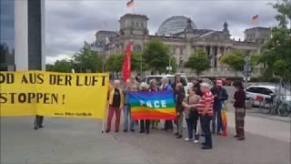 Berlin 13.6.2018: Protest gegen die Anschaffung von Drohnen für die Bundeswehr - A. Hunko, DIE LINKE