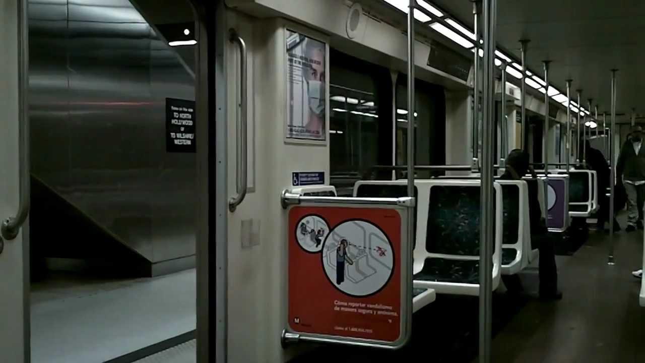 la metro red line inside the subway car youtube. Black Bedroom Furniture Sets. Home Design Ideas