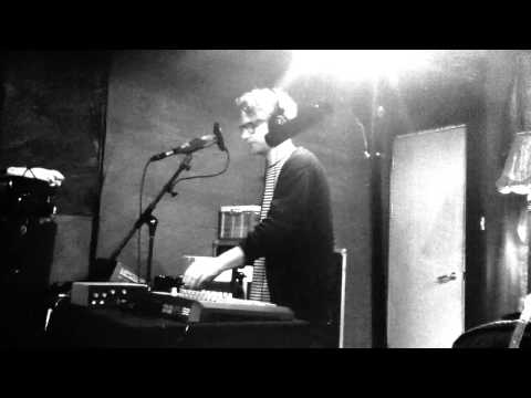 Simian Ghost - Automation (Live at Bella Union Studios)
