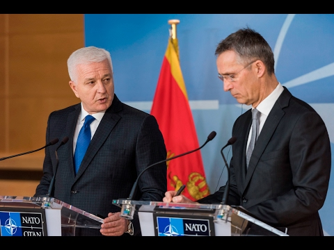 NATO Secretary General with Prime Minister of Montenegro, 26 JAN 2017