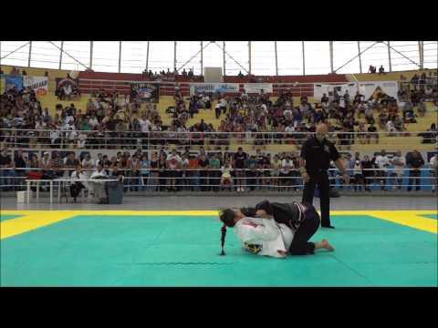 Michelle Nicolini x Luiza Monteiro Semi Final Absoluto Campeonato Brasileiro de Jiu-Jitsu 2013