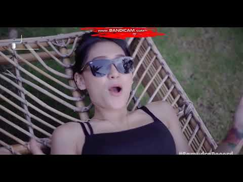 Vita Alvia - Wik Wik Wik AW Aw Aw (Official Music Video)